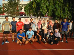 Foto bersama Blogger & Semarang Runners