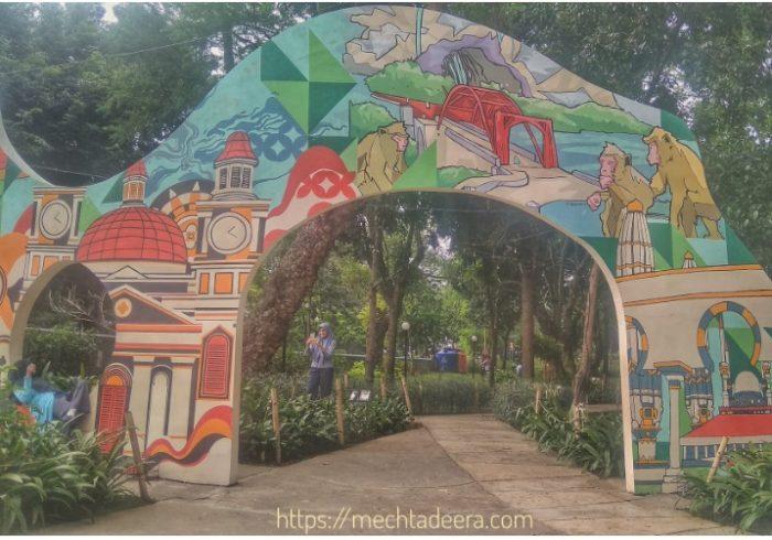Gerbang Mural Taman Indonesia Kaya
