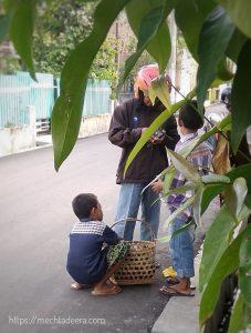 Bocah penjual Getuk