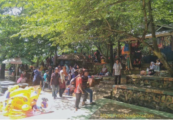 Area Lesehan di Bandar ECO Park
