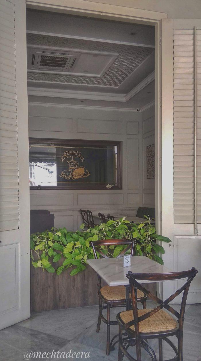 Sudut Rosti Resto & Cafe Semarang