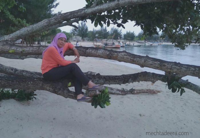 Pantai Blebak Sekuro Resort