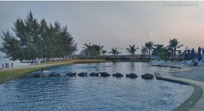 Kolam renang Sekuro Village Beach Resort
