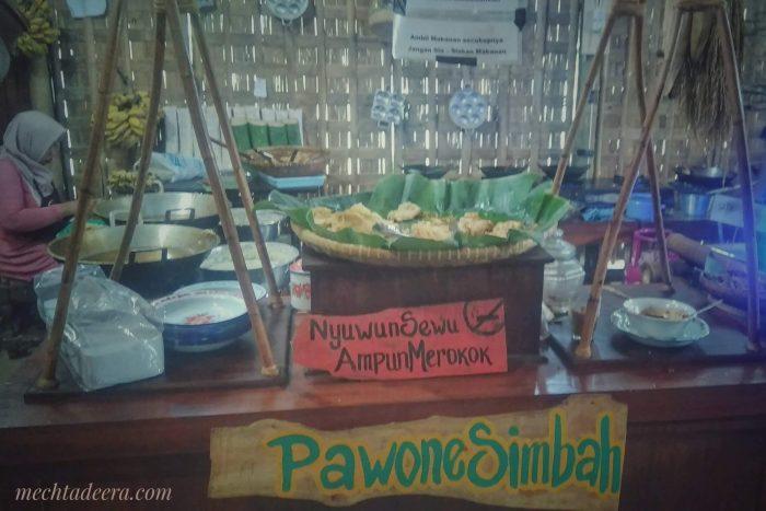 Prasmanan lauk di Kampung Jawa Pawone Simbah