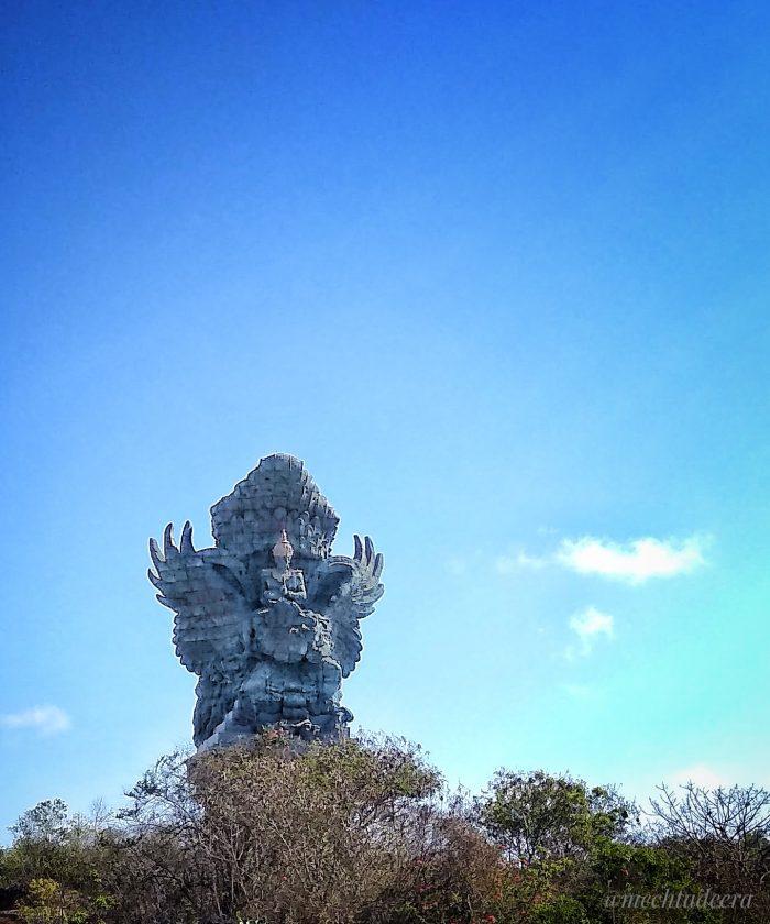 View GWK Statue dari Plaza Wisnu