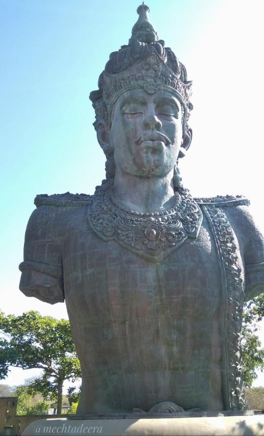 Patung Wisnu di GWK Cultural Park