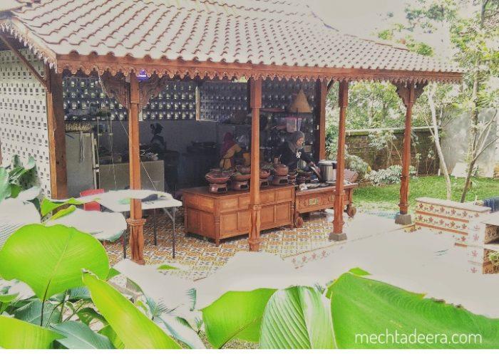 Pawon Kampung Ndoro Glompong