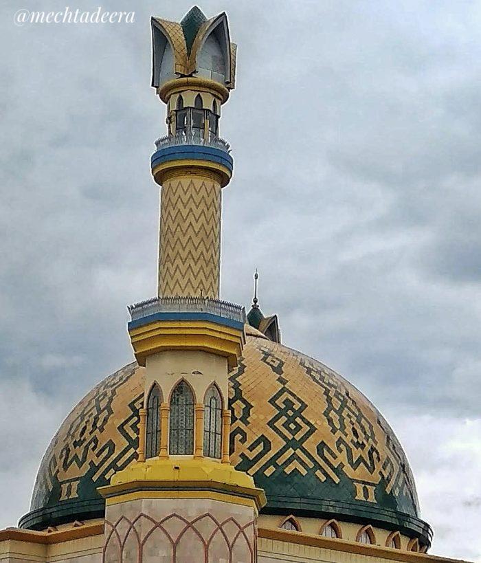 Kubah Masjid Hubbul Wathan Mataram
