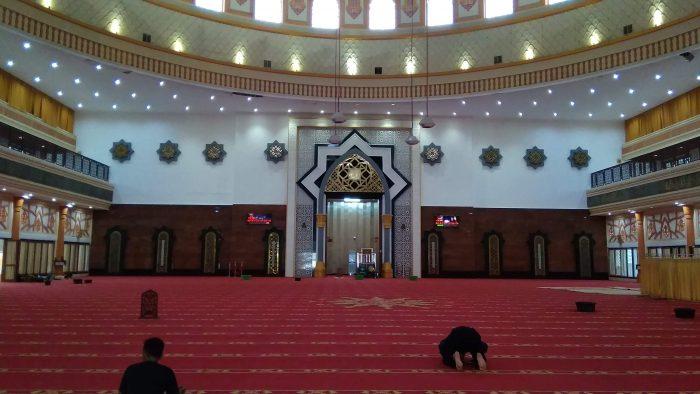 Interior Masjid Hubbul Wathan Mataram