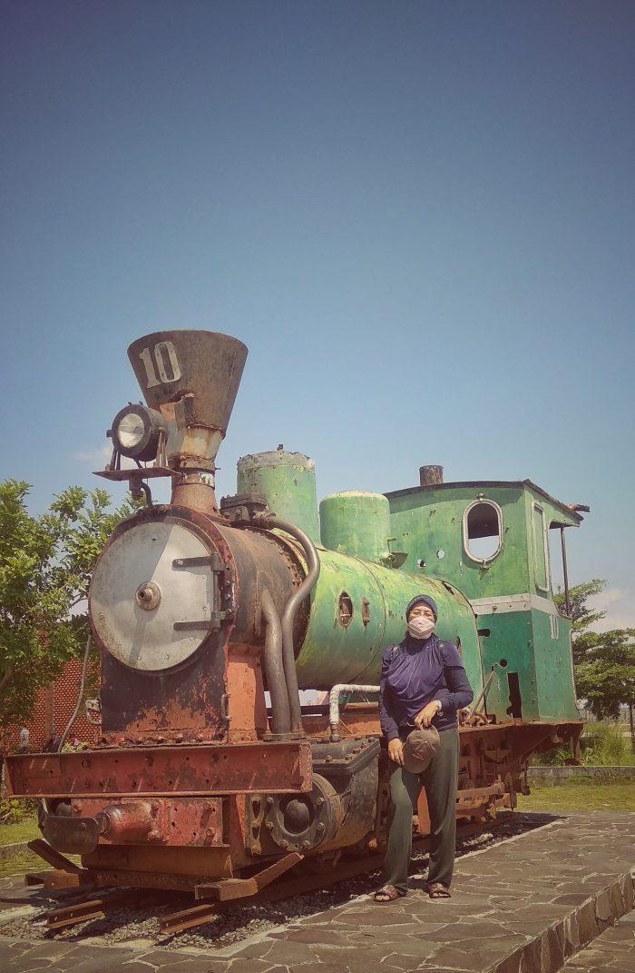 Bersama loko tua Banjaratma